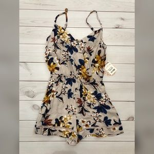 Other - Floral Romper XS New With Tags